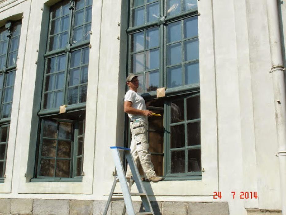 Restauratie en afwerking schrijnwerkerij historisch gebouw