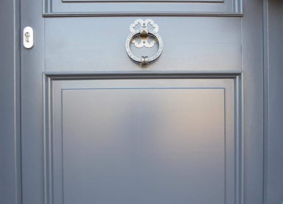 Renovatie en schilderen van deuren